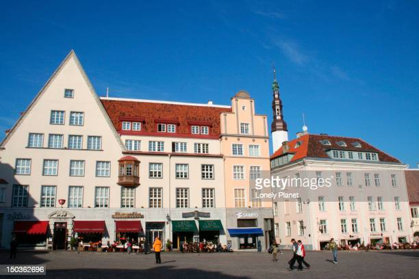 exterior of buildings at raekoja plats (town hall square). - harjumaa stock pictures, royalty-free photos & images
