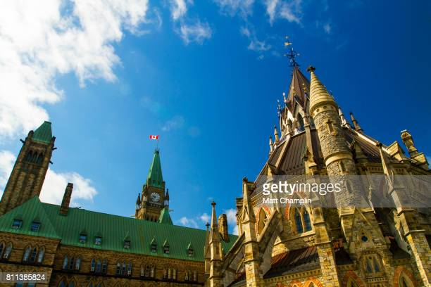 exterior of canadian library of parliament in ottawa - canadian politics stock pictures, royalty-free photos & images