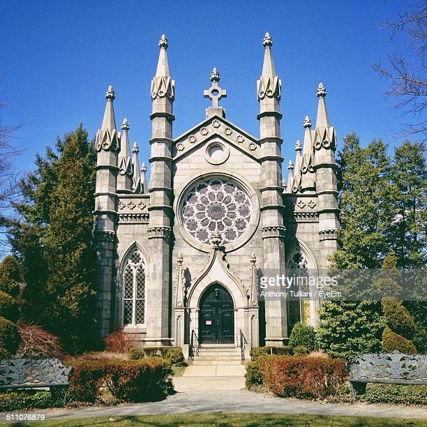 exterior of church - cambridge massachusetts stock pictures, royalty-free photos & images