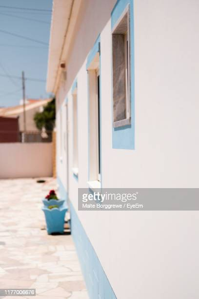 exterior of house during sunny day - sagres stock pictures, royalty-free photos & images