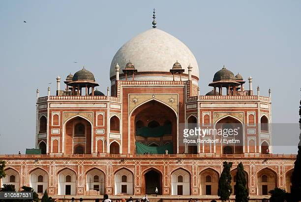 exterior of jama masjid - old delhi stock pictures, royalty-free photos & images
