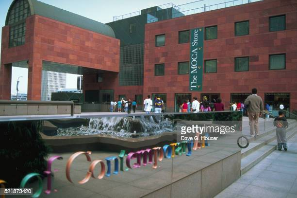exterior of los angeles' museum of contemporary art - los angeles museum of contemporary art stock pictures, royalty-free photos & images