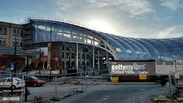 exterior of manchester victoria station - victoria station manchester stock pictures, royalty-free photos & images