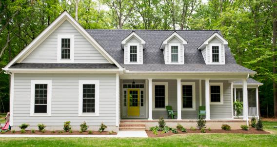 Exterior of New Suburban House 171246403