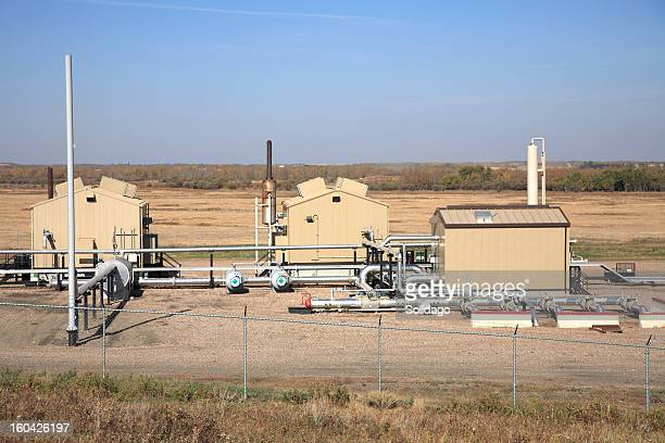 exterior of oil and gas industry compressosr station - station stock pictures, royalty-free photos & images