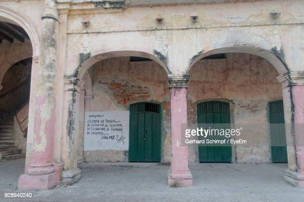 exterior of old abandoned building - gerhard schimpf stock pictures, royalty-free photos & images