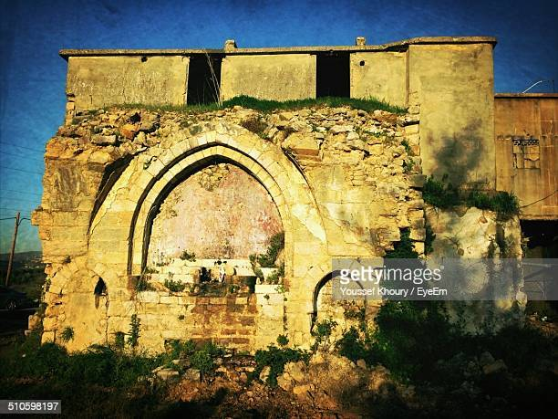 exterior of old ruined building - old beirut stock photos and pictures
