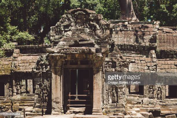 exterior of old temple - bortes stock pictures, royalty-free photos & images