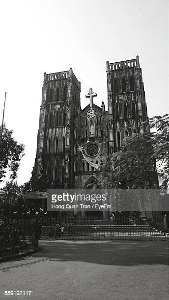 exterior of st josephs cathedral against clear sky - hong quan stock pictures, royalty-free photos & images