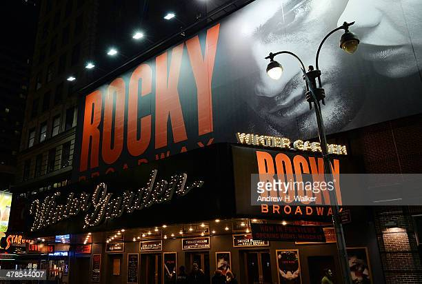 30 Hochwertige Winter Garden Theater Manhattan Bilder Und Fotos