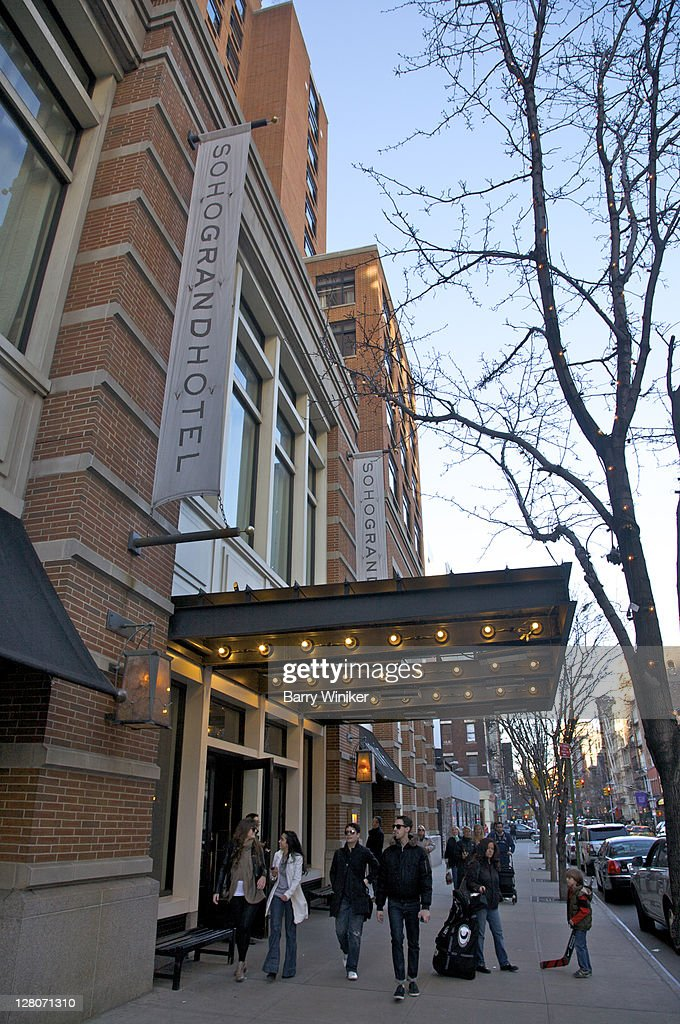 Exterior Soho Grand Hotel Luxury Boutique Hotel With Upscale Accommodations In Soho Downtown Manhattan New York Ny Usa High Res Stock Photo Getty Images