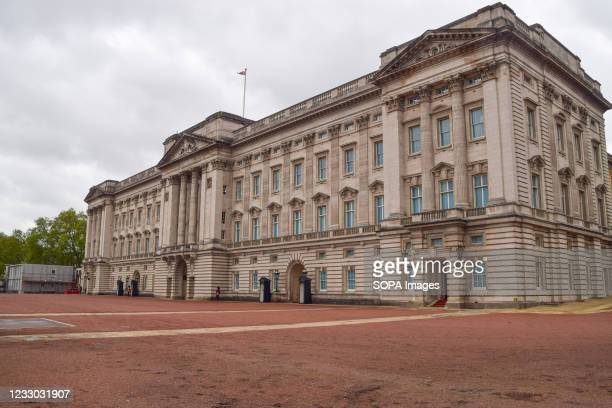 Exterior view of Buckingham Palace in London.