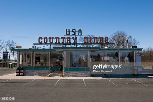 exterior view of diner - diner stock pictures, royalty-free photos & images