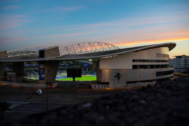 PRT: FC Porto v Manchester City: Group C - UEFA Champions League