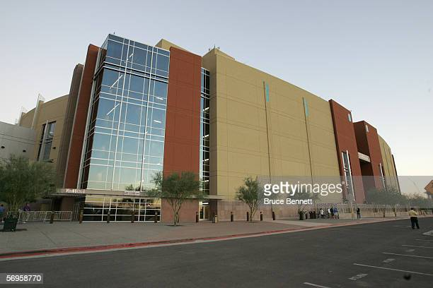 Exterior view of Glendale Arena home of the Phoenix Coyotes on November 16 2005 in Phoenix Arizona