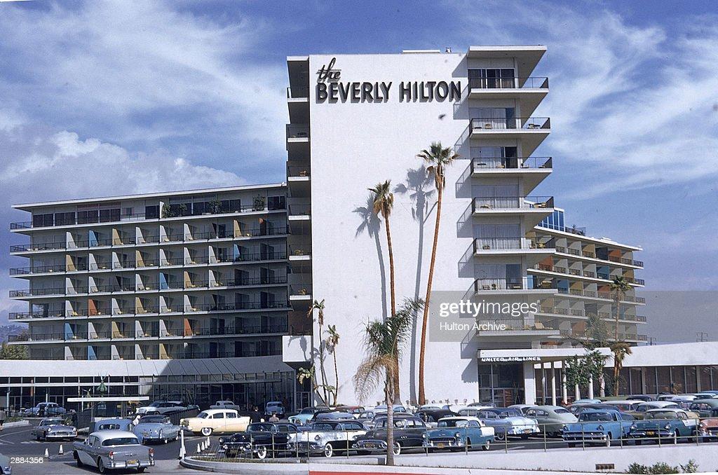 Beverly Hills Hilton  : News Photo