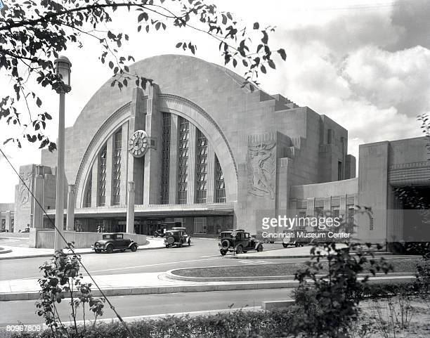 Exterior view of the Cincinnati Union Terminal Cincinnati Ohio early to mid 1930s View of the taxi and passenger dropoff ramp at Cincinnati Union...