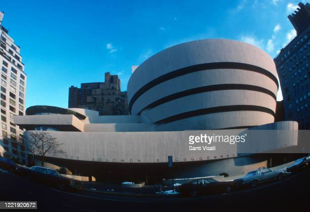 Exterior view of the Guggenheim Museum on January 10, 1977 in New York, New York.