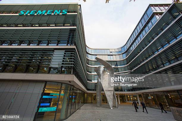 Exterior view of the new headquarters of Siemens AG in Munich