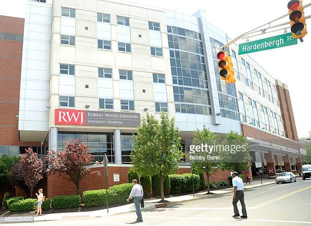 Exterior view of the Robert Wood Johnson University Hospital on June 7, 2014 in New Brunswick, New Jersey. Comedian Tracy Morgan is in intensive care...