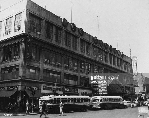 Exterior view of the second old Madison Square Garden, New York City, 1940s.