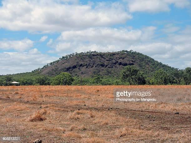 extinct volcano - lava plain stock pictures, royalty-free photos & images
