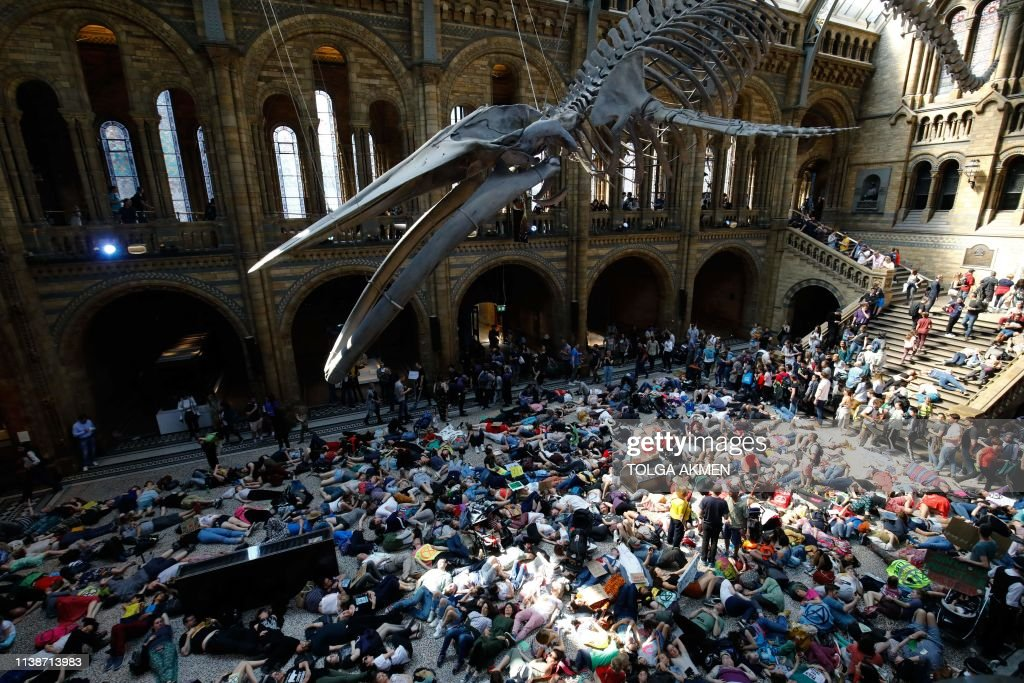 BRITAIN-POLITICS-ENVIRONMENT-CLIMATE-DEMONSTRATION : News Photo