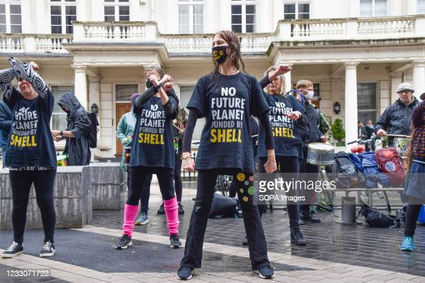 Extinction Rebellion protesters perform outside the Science Museum in South Kensington. Several protesters gathered once again outside the museum to...