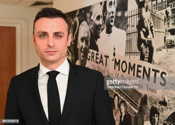 ExTottenham Hotspur player Dimitar Berbatov poses prior to the Premier League match between Tottenham Hotspur and Manchester United at White Hart...