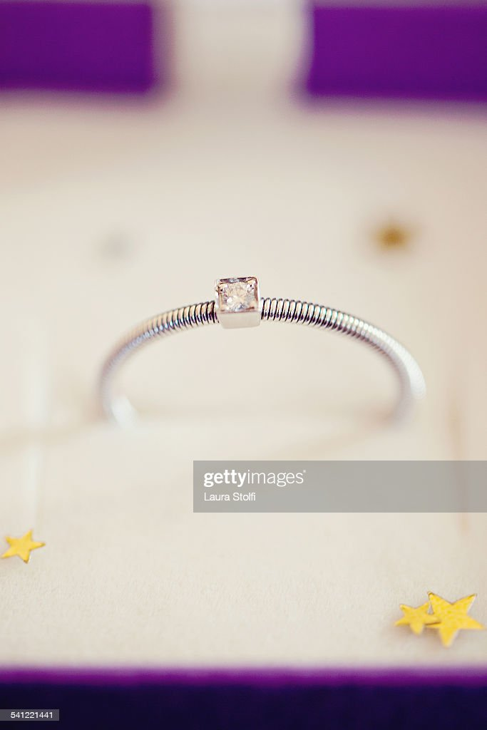 Extreme close up of brillant cut ring : Stock Photo