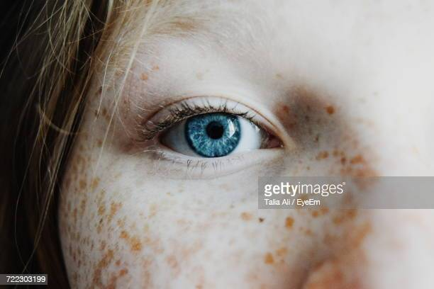 extreme close up of human eye - extreme close up stock pictures, royalty-free photos & images