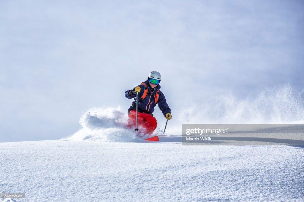 極端なフリーライド スキー : ストックフォト