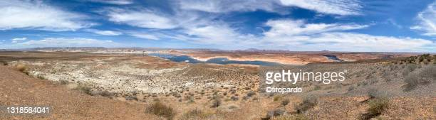 extreme wide shot of the wahweap overlook in utah - fitopardo stock pictures, royalty-free photos & images