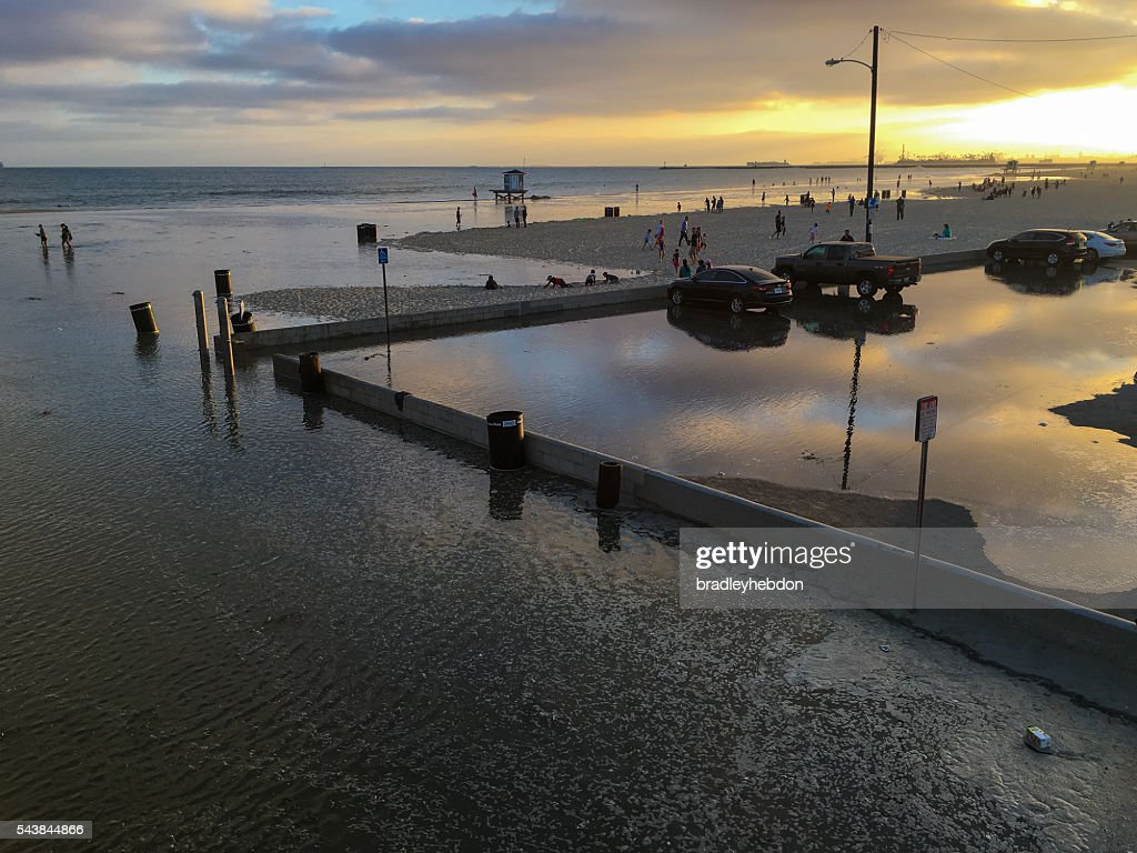 Extremely high tide floods Seal Beach, CA : Stock Photo