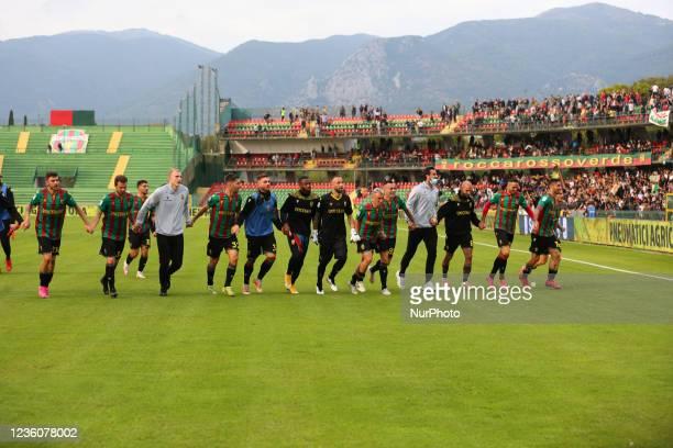 Exultationof Ternana after end the match during the Italian Football Championship League BKT Ternana Calcio vs LR Vicenza on October 23, 2021 at the...