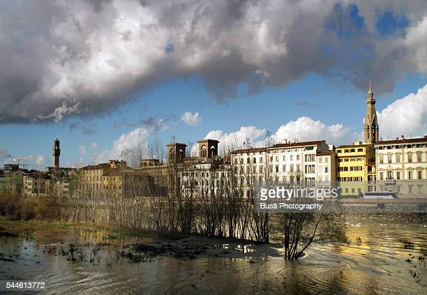 exundated arno river in florence, italy, 2012 - united_states_house_of_representatives_elections_in_florida,_2012 stock pictures, royalty-free photos & images