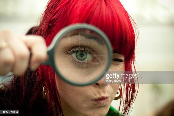 eye spy - magnifying glass stock pictures, royalty-free photos & images