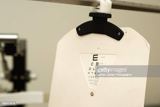 eye test chart - eye test chart foto e immagini stock