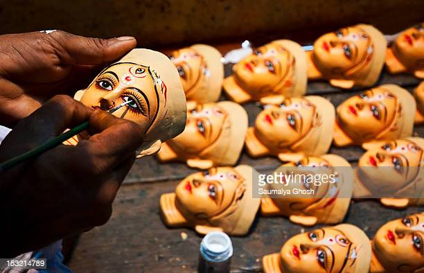eyes drawing of idols - saumalya ghosh stock pictures, royalty-free photos & images