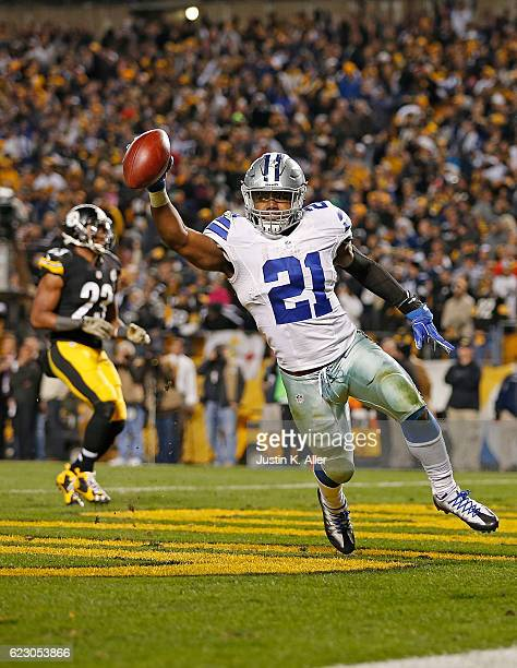 Ezekiel Elliott of the Dallas Cowboys celebrates his 32yard rushing touchdown in the fourth quarter during the game against the Pittsburgh Steelers...