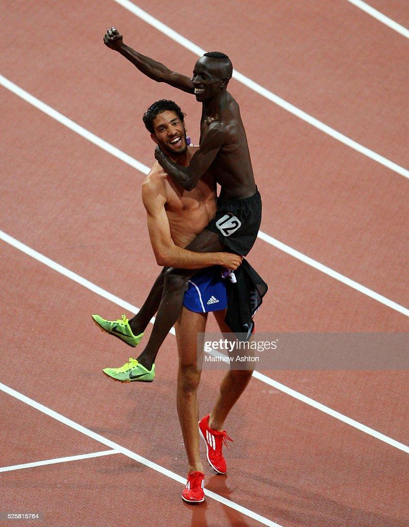 Olympic Summer Games - Athletics - Mens 100m Final : News Photo
