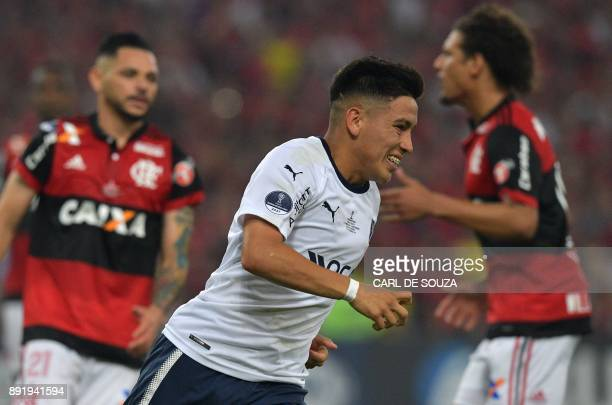 Ezequiel Barco of Argentina's Independiente celebrates after scoring a penalty against Brazil's Flamengo during their Copa Sudamericana 2017 football...