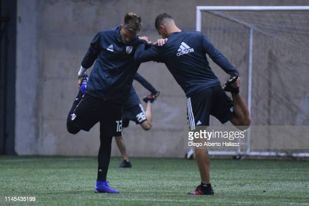 Ezequiel Centurion and Bruno Zuculini of River Plate during a training session at CAT Alfredo Gottardi on May 21 2019 in Curitiba Brazil River Plate...