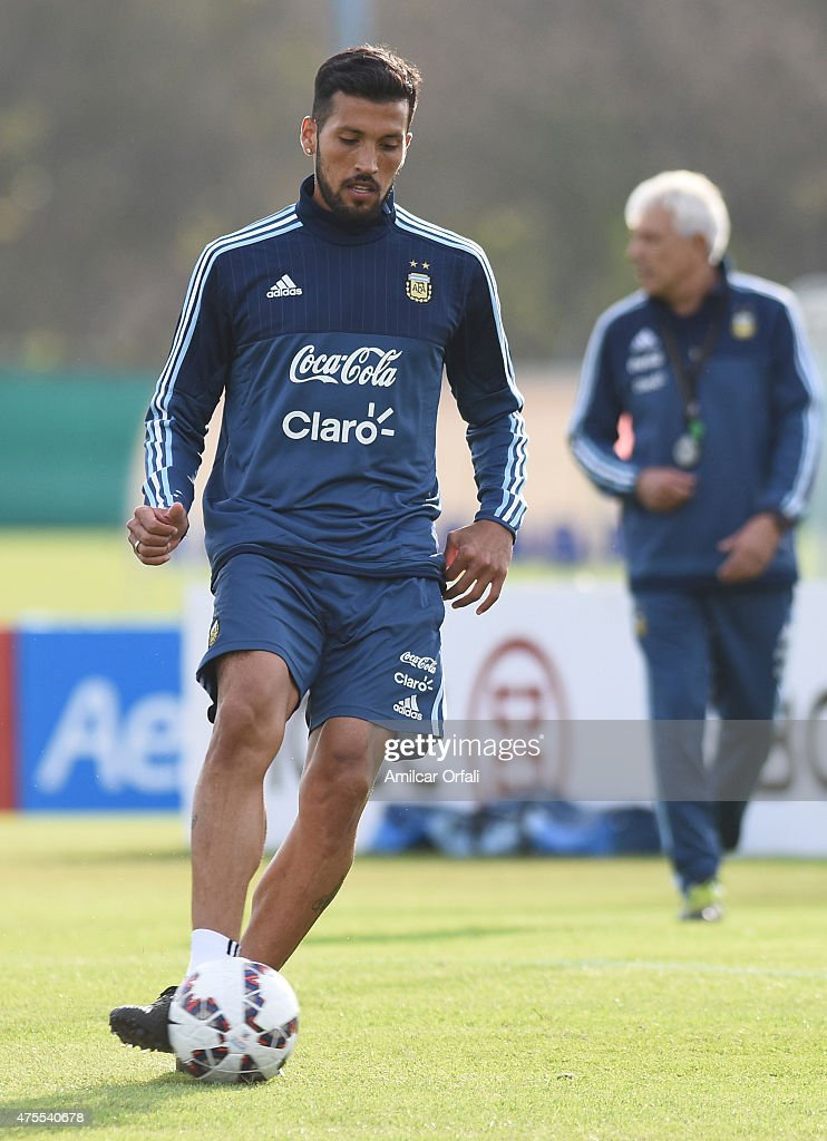 Ezequiel Garay of Argentina drives the ball during a training session at Argentine Football Association 'Julio Humberto Grondona' training camp on June 01, 2015 in Ezeiza, Argentina. Argentina will face its first match as part of Copa America Chile 2015 against Paraguay on June 13th, 2015.
