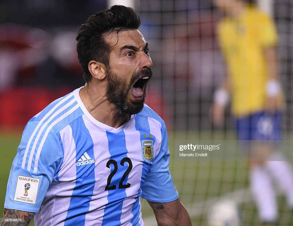 Argentina v Brazil - FIFA 2018 World Cup Qualifiers : News Photo