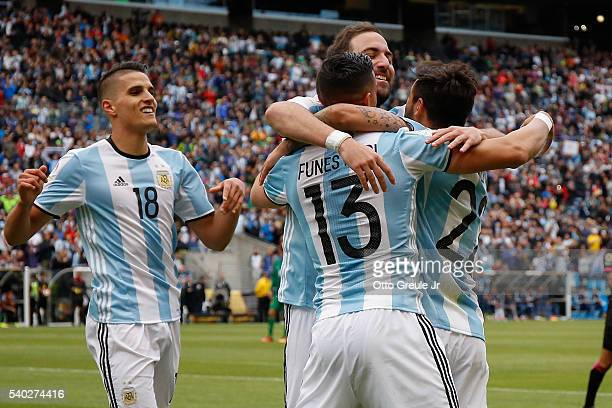 Ezequiel Lavezzi of Argentina celebrates with teammates after scoring a goal against Bolivia during the 2016 Copa America Centenario Group D match at...