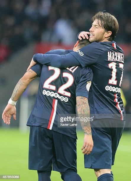 Ezequiel Lavezzi of Paris SaintGermain celebrate his goal with Maxwell during the French Ligue 1 between Paris SaintGermain and Girondins de Bordeaux...