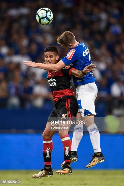 Ezequiel of Cruzeiro struggles for the ball with Everton of Flamengo during a match between Cruzeiro and Flamengo as part of Copa do Brasil Final...