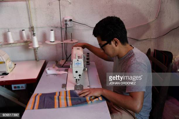 Ezequiel Perez makes cotton bags inspired in Mayan costumes in an attempt to put a curb on the abuse of plastic usage in Perez Guizasola neighborhood...