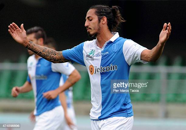 Ezequiel Schelotto of AC Chievo Verona disappointed at the missed opportunity during the Serie A match between AC Chievo Verona and Atalanta BC at...